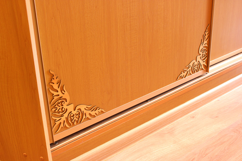 Своими руками украсить двери шкафа-купе